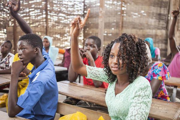Concertation nationale sur l'avenir de l'enseignement supérieur au Sénégal: Rapport général, The primary school in Senegal: education for all, quality for some
