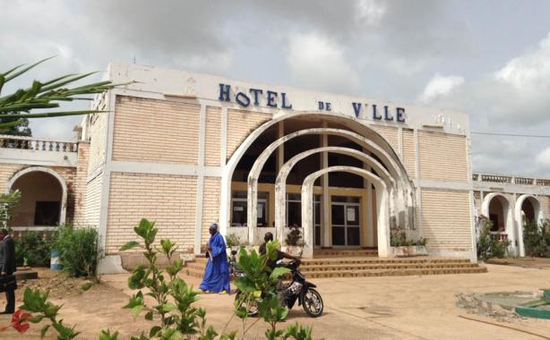 sedhiou-hotel-de-ville