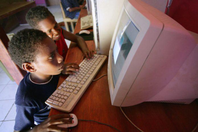 « A Ndème Meïssa, les rares établissements scolaires qui ont accès à Internet le réservent à l'administration » Entretien avec Abdoulaye Konté, Conseiller départemental à Bambey