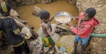 « En collaboration avec les organisations communautaires, l'État peut retirer de force les enfants des sites d'orpaillage » Entretien avec Gassama Dembélé, Adjoint au maire de Saraya