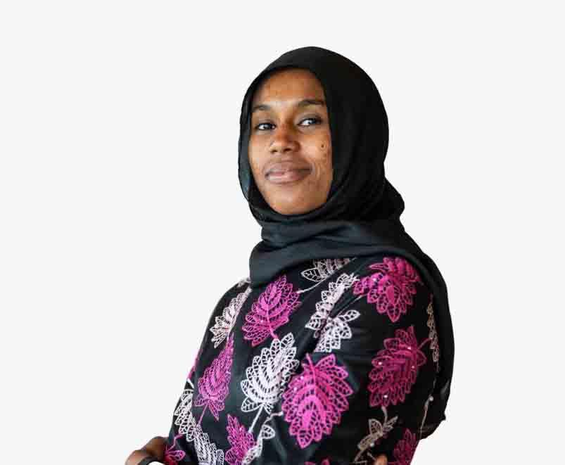 « Dans le bateau qui nous menait vers l'Espagne, j'ai eu peur en voyant le désespoir et la détermination des jeunes autour de moi » Aïssata Ndiaye, Volontaire du programme « Migrants comme Messagers »